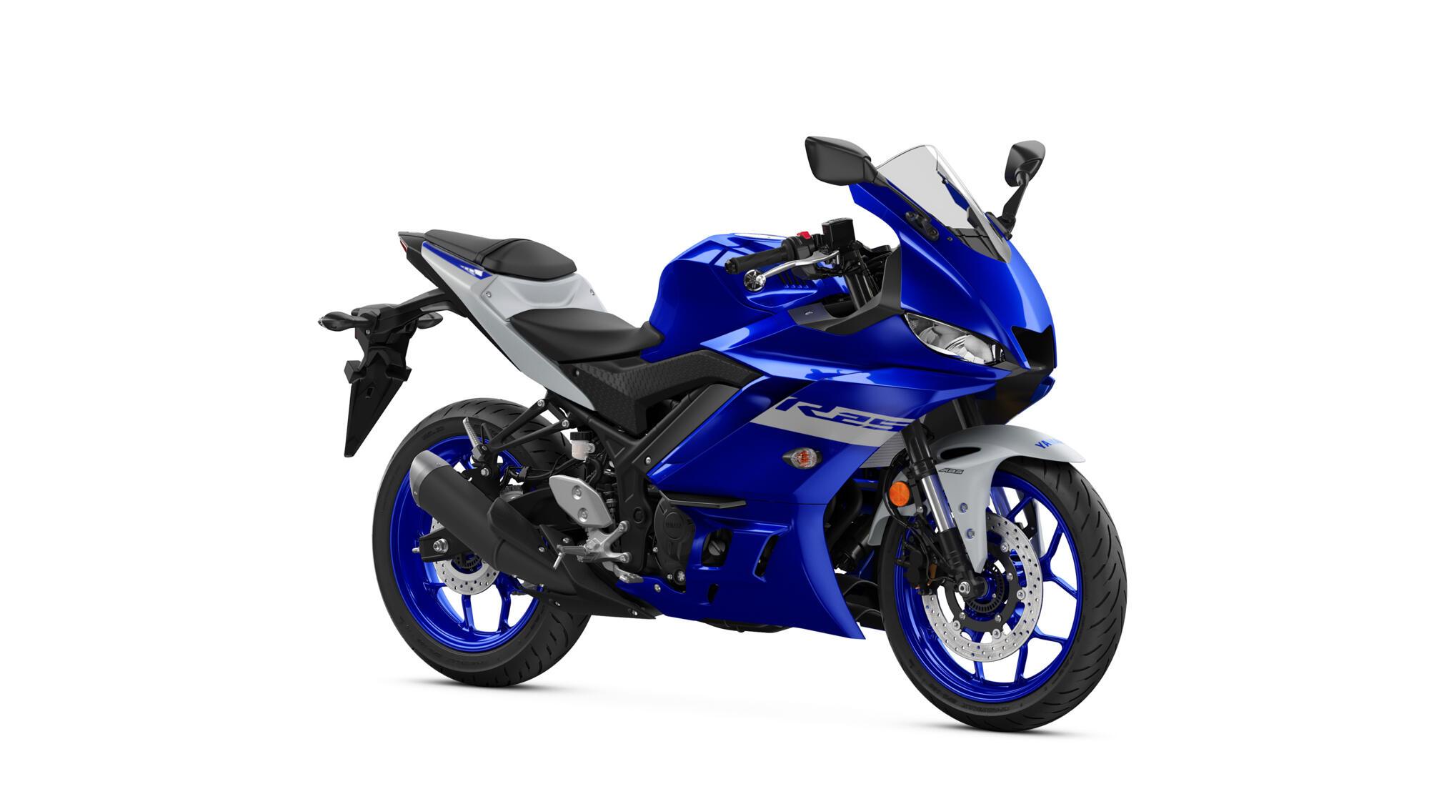 2020-Yamaha-YZF-R250-EU-Yamaha_Blue-Studio-001-03